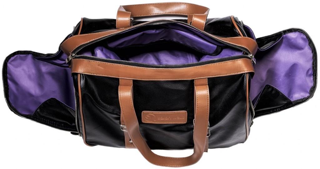 sarah-well-breast-pump-bag-open
