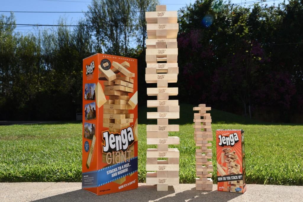 how to play giant jenga game