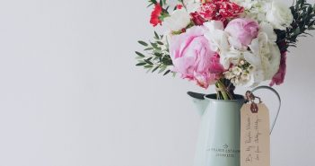 4 Common Occasions to Give Flowers