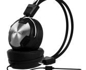 Arctic P402 Lightweight Dynamic Headphones with In-Line Microphone!