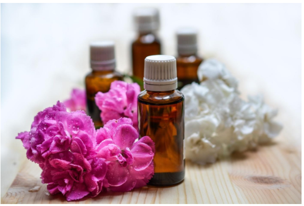 Exploring the Health Benefits of Top Herbal Oils