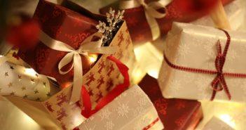 4 Memorable Keepsakes Using Christmas Stamps
