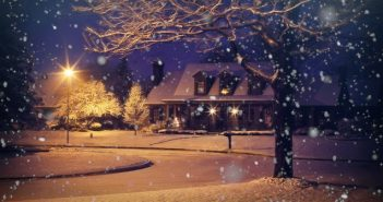 Moonrays Will Help Make Your Holiday Season Bright