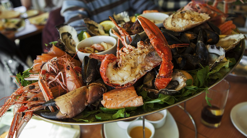Celebrate Your Winter Holiday With Fantastic Seafood