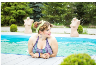 Fitness Fashion for the Pool How to Choose a Plus Size Swimsuit that Flatters