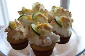 lemaon-cup-cakes-on-platter