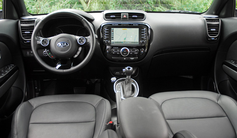 2014-Kia-SOUL-Dashboard