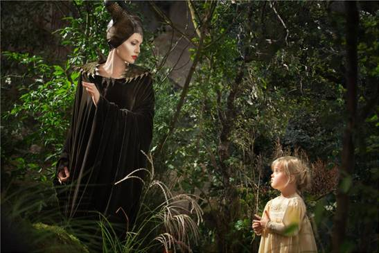 maleficent-and-little-girl