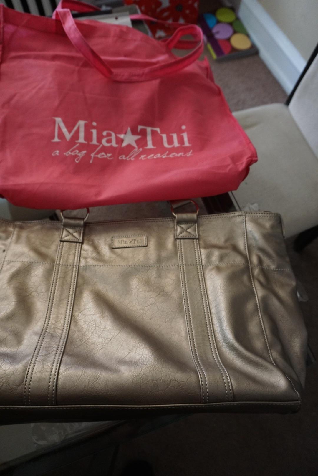 Mia Tui handbag