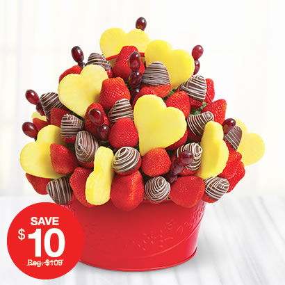 FREE Edible Crafts for people of any age! Learn how to make Candy Bouquets, Cookie Bouquets, amazing Edible Arrangements, as well as find Food Kids Crafts and Candy Making Recipes.