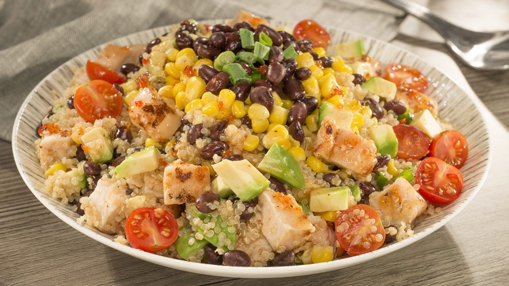 Wish-Bone_Quinoa_Chicken_Salad_Bowl_03731