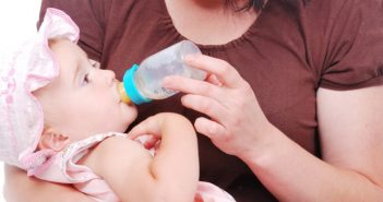 7 Things You Must Know About Formula Feeding