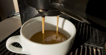 5 Benefits to Buying an Automatic Espresso Maker