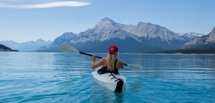 Choosing The Right Kayaking Equipment For Women