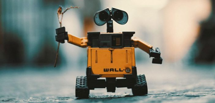 5 Helpful Robots for Busy Moms