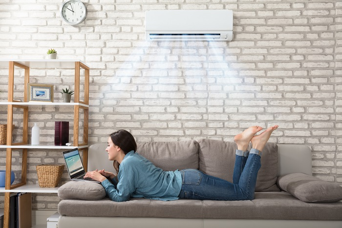 4 HVAC Maintenance Problems Better Left To A Professional