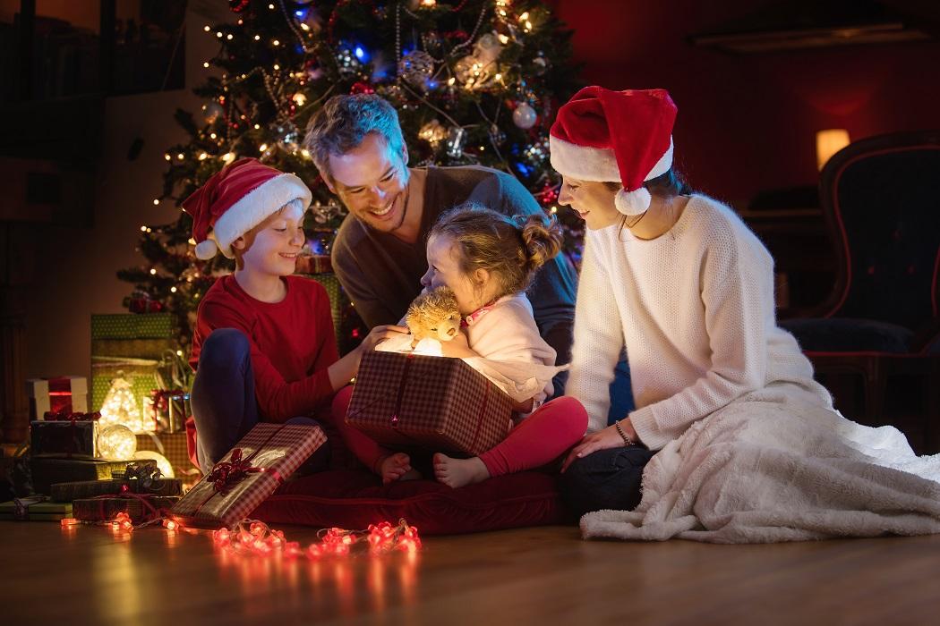 2019 Holiday Gift Guide - Mom Blog Society