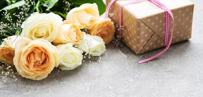 Flower care tips and flower gifts for him and her
