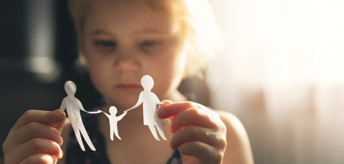 How is child custody determined in a New Jersey divorce?